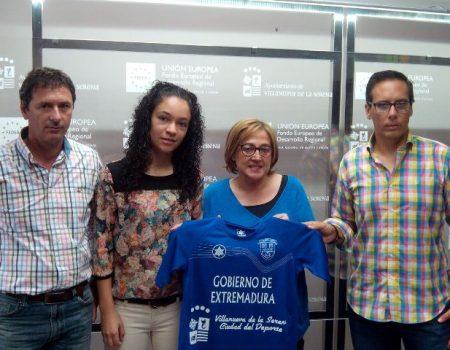Presentación de la camiseta para esta temporada de la Cruz Villanovense femenina