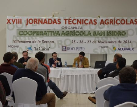 La cooperativa San Isidro centra sus Jornadas Técnicas en el cultivo del tomate y el cooperativismo