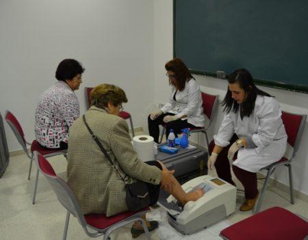 Un total de 851 personas han participado en la campaña de detección precoz de la osteoporosis