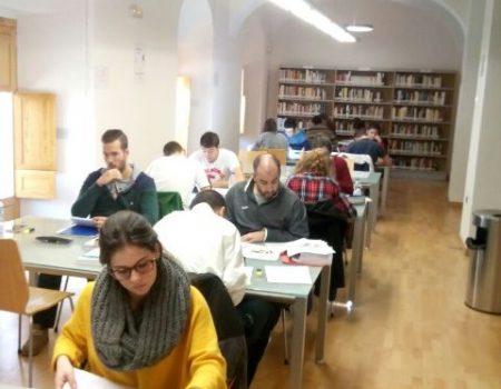 Premio a los lectores más asiduos de la biblioteca municipal Felipe Trigo