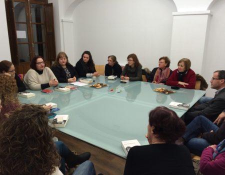 Un total de 38 mujeres integran los dos clubes de lectura que hay en Villanueva de la Serena