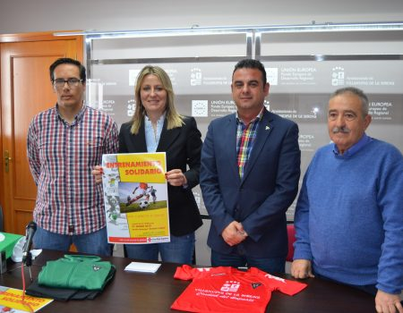 """Cruz Roja organiza un """"Entrenamiento Solidario"""" con la colaboración del Villanovense y la Cruz"""