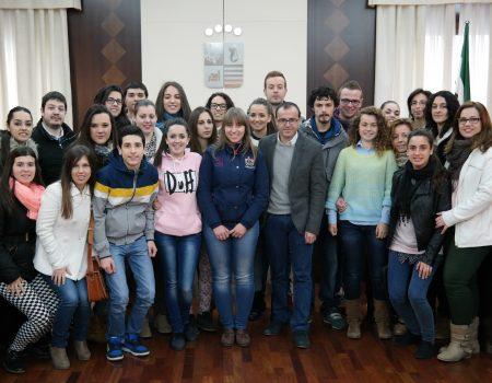 Alumnos del Instituto San José conocen el funcionamiento del Ayuntamiento de Villanueva de la Serena