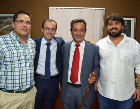 Toman posesión los alcaldes de Zurbarán, Entrerríos y Valdivia