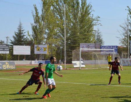 Primera victoria del Villanovense, se impone 2-1 al Melilla