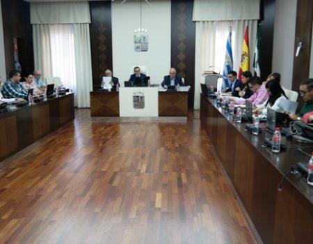 El pleno aprueba la modificación de dos ordenanzas que afectan IBI y a la reforma integral de establecimientos comerciales