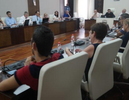"""El pleno aprueba el proyecto """"Vesci 2016"""" para la tercera fase de rehabilitación de la Cámara Agraria"""