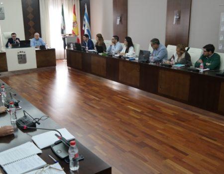 El pleno aprueba suscribir un convenio de colaboración con la consejería de Sanidad y Políticas Sociales