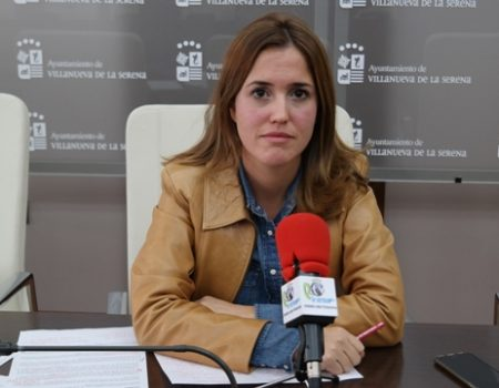 María Lozano responde a las críticas del PP sobre las obras por administración