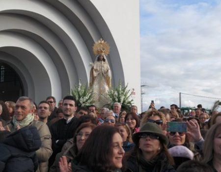 Un año más, los villanovenses arropan a la Virgen de la Aurora en su venida a Villanueva