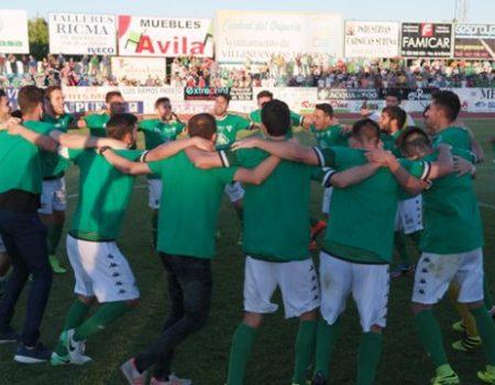 El Villanovense, tras ganar al Real Jaén, se asegura una plaza en la liguilla de ascenso a Segunda División
