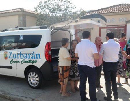 Zurbarán cuenta con un nuevo vehículo para el traslado de personas y servicio de comida a domicilio
