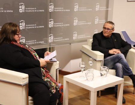 """La novela """"Regreso"""" desvela la identidad del personaje de la saga El Funcionario, de Jesús Alonso"""