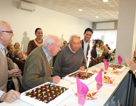 El centro de mayores del barrio del Pilar celebra su cuarto aniversario