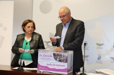 """Más de 1.000 personas participan en el sorteo de los balcones municipales para ver """"La Carrerita"""""""