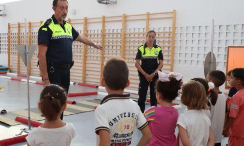 EL CEIP Cruz del Río acoge una clase de educación vial