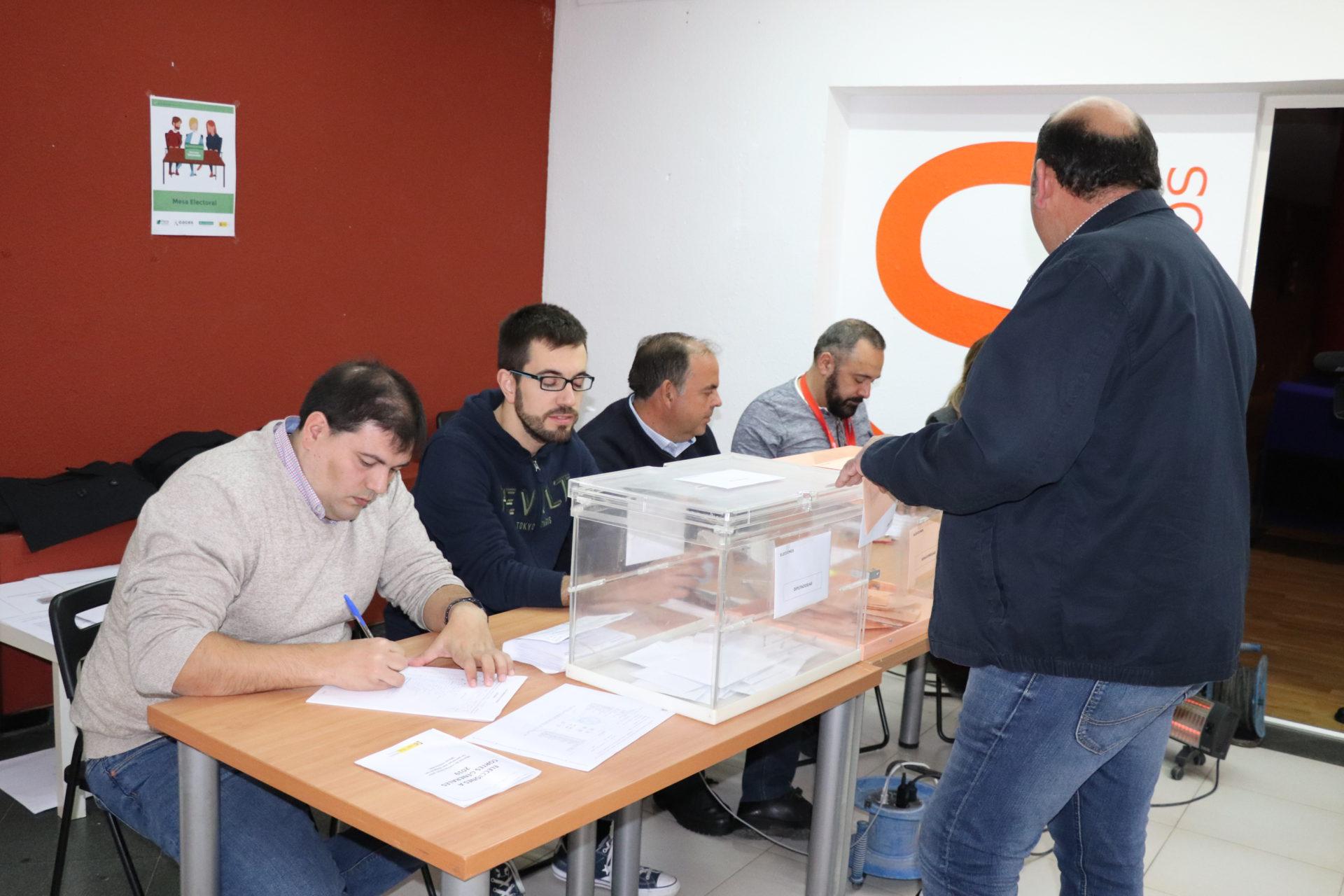 Algo más del 70%,  índice de participación en las elecciones del 10N, que ha ganado el PSOE