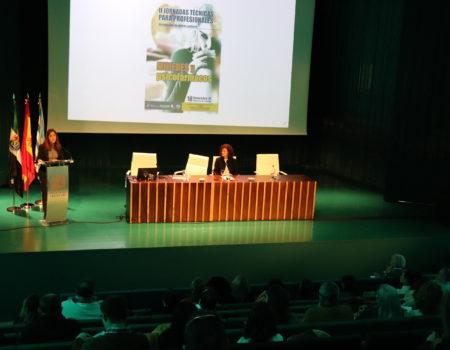"""Se celebra la """"II Jornada Técnica para Profesionales, Mujeres y Psicofármacos"""" en el palacio de congresos"""
