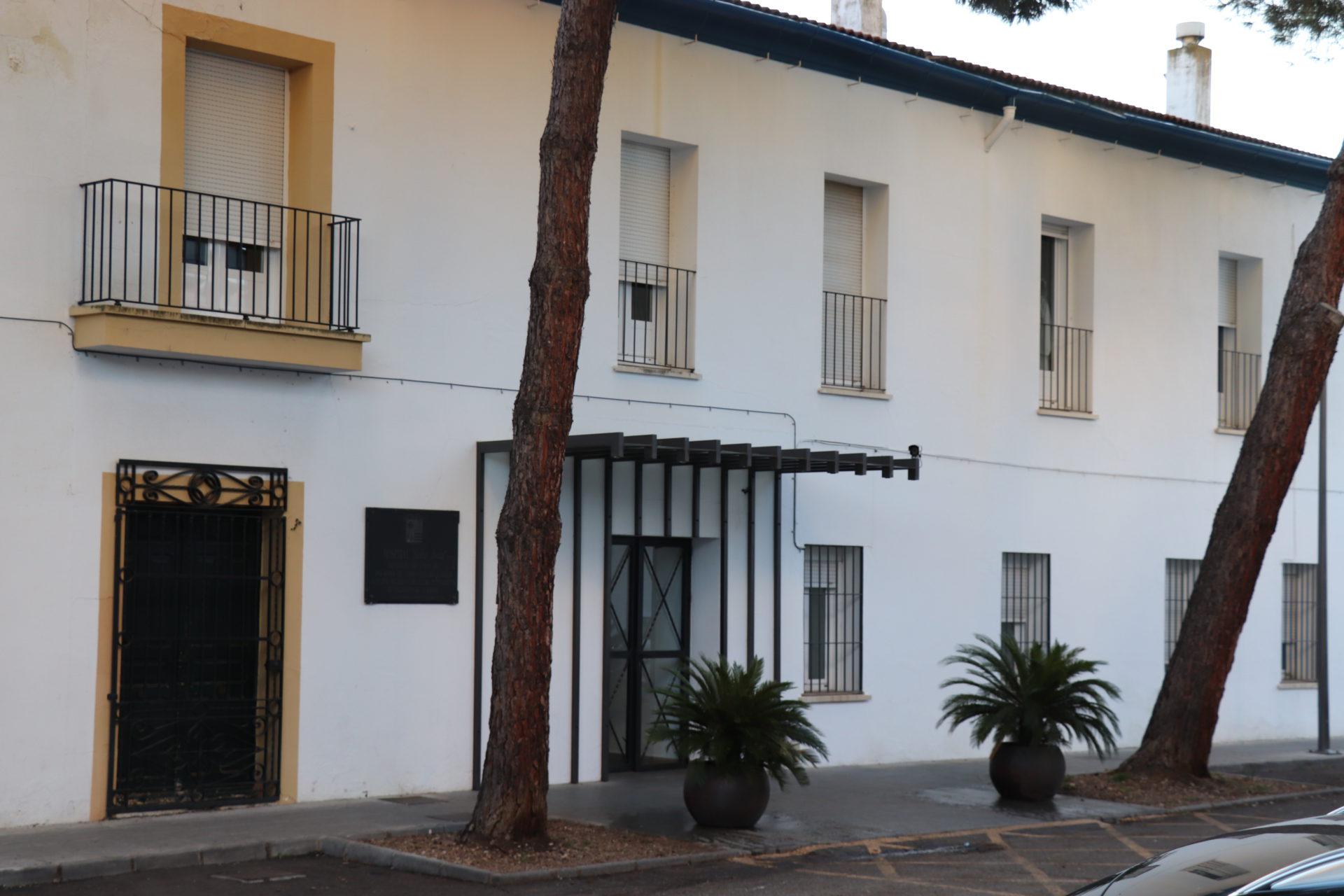 Adjudicado a la empresa Ribera Salud el arrendamiento del inmueble del hospital Santa Justa