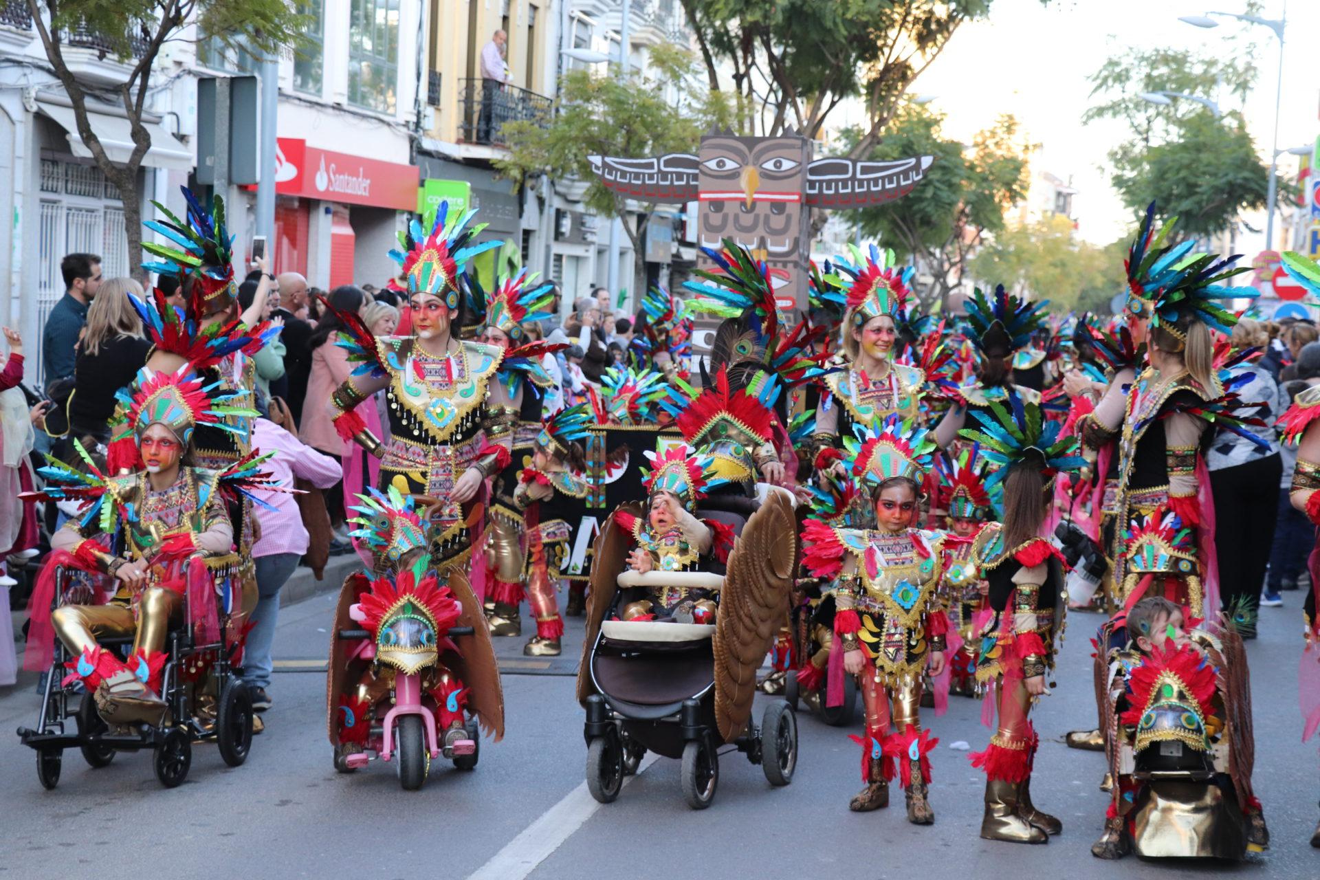 Tribu Serena, Escalera de Color, Tribu Azteca, Esencia Real, Macedonia Tropical y Los camaleones molones, ganadores del Carnaval Infantil 2020