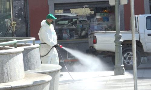 Continúan las labores de desinfección de todas las calles y el mobiliario urbano