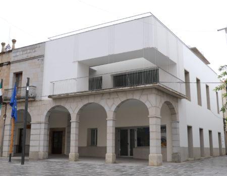 Adjudicado, por quince años, el contrato de arrendamiento del local bar-restaurante anexo al Ayuntamiento