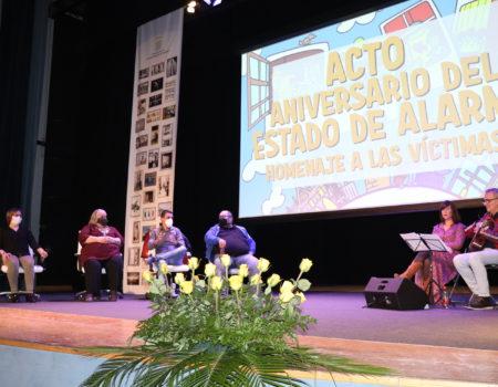 Recuerdo y homenaje a las víctimas en el acto que recuerda el primer aniversario del decreto del Estado de Alarma