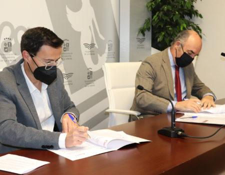 Ayuntamiento y Cámara de Comercio de Badajoz renuevan el convenio de colaboración