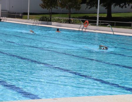 Los bonos de la piscina pueden adquirirse en la Oficina de Atención Ciudadana y en la plataforma Sporttia