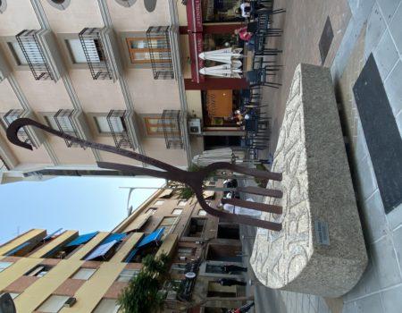 Se inaugura el monumento a la tortilla de patatas